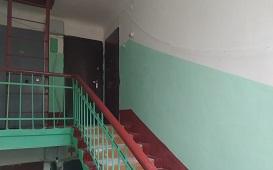 Косметический ремонт подъезда в доме по адресу ул. Лиственная, 2