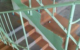 Восстановление ограждений лестничных маршей в доме по адресу ул. Коломенская, 17
